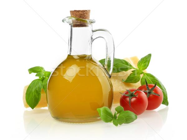 Óleo tomates manjericão parmesão isolado branco Foto stock © goir