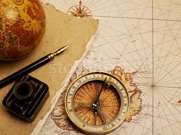 Vintage kompas tijdschrift mariene uitrusting oude kaart Stockfoto © goir