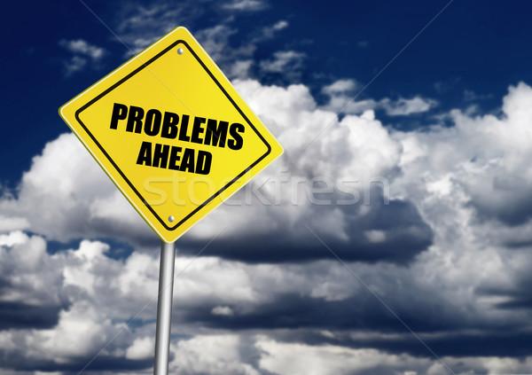 Problemas à frente assinar céu nuvem segurança Foto stock © goir
