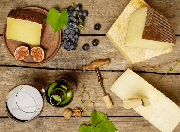 ワイン チーズ 変動 赤ワイン 木製のテーブル フルーツ ストックフォト © goir