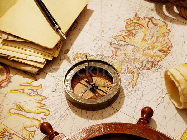 Reizen kompas brieven oude kaart zeilen fotografie Stockfoto © goir