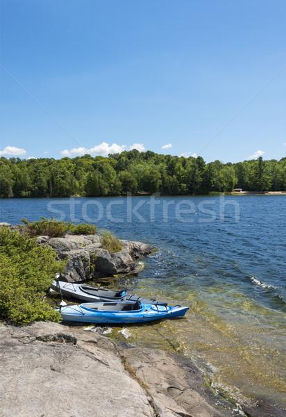 Noordelijk meer twee omhoog ondiep eiland Stockfoto © Gordo25