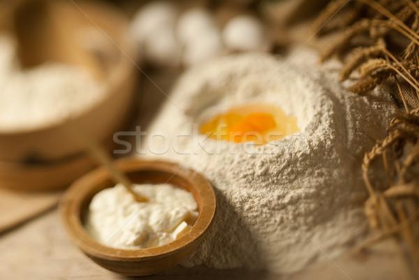 Nutrición madera bandeja ingredientes huevo Foto stock © gorgev