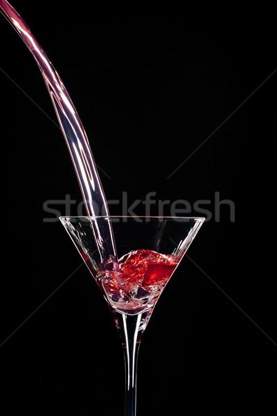 Kontraszt önt áramló piros szellem martinis pohár Stock fotó © gorgev