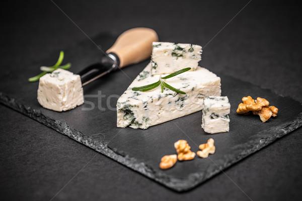 Schimmelkaas zwarte voedsel achtergrond kaas vork Stockfoto © grafvision