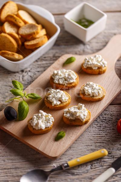 Twaróg chleba opiekany palec świeże Zdjęcia stock © grafvision