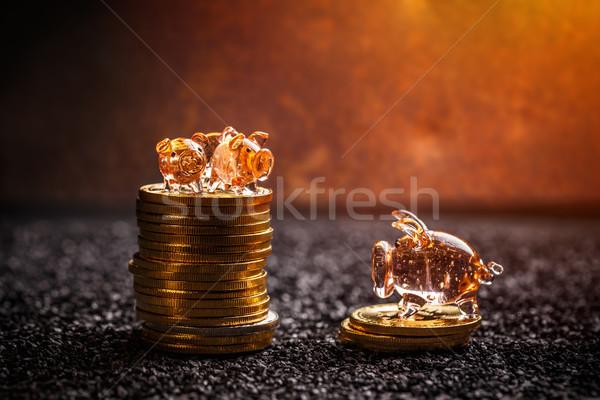 Dourado mentir pequeno escuro Foto stock © grafvision