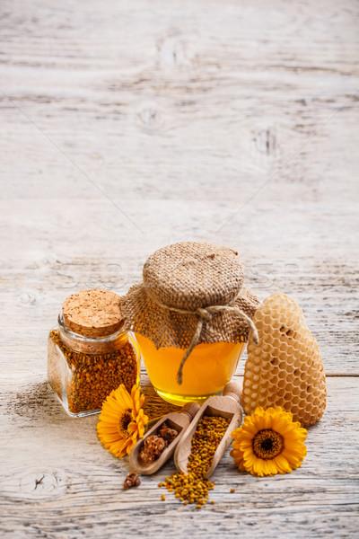 Miele polline pettine propoli legno fiore Foto d'archivio © grafvision