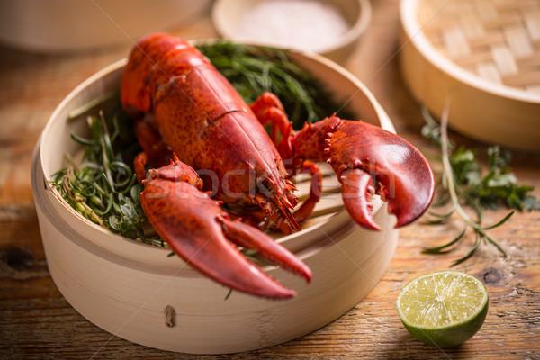 Homard délicieux bambou steamer Photo stock © grafvision