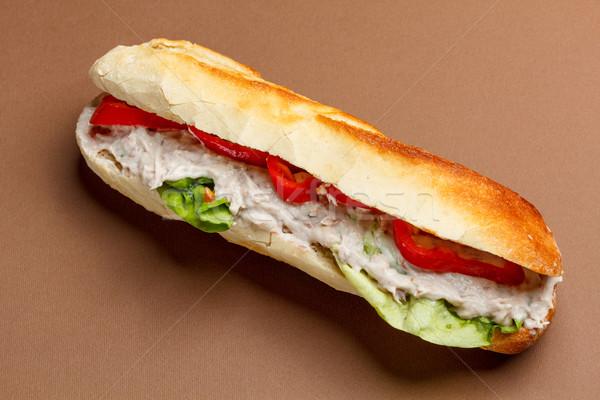 Tonijn sandwich baguette sla paprika brood Stockfoto © grafvision