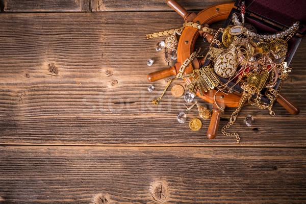Felső kilátás kincsesláda fából készült pénz háttér Stock fotó © grafvision