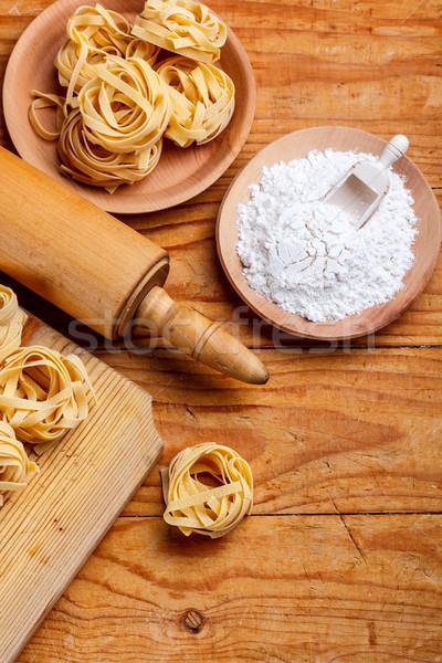 Tagliatelle fa deszka fa otthon tészta tábla Stock fotó © grafvision