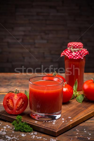 Sok pomidorowy szkła serwowane deska do krojenia żywności Zdjęcia stock © grafvision