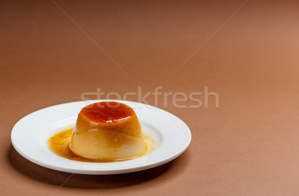 Foto stock: Caramelo · branco · prato · leite · ovos · sobremesa