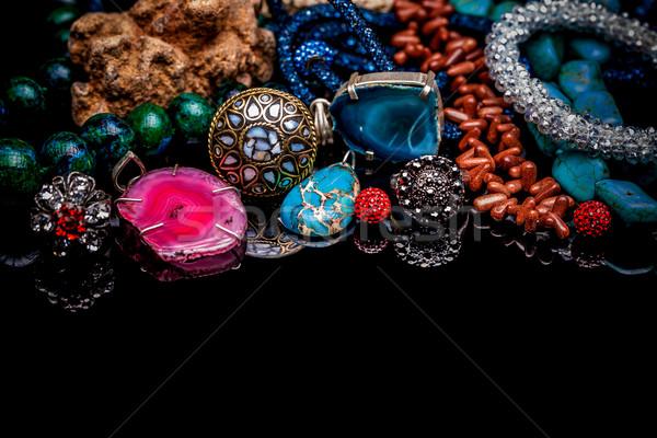 Luksusowe kamień szlachetny biżuteria czarny tabeli Zdjęcia stock © grafvision