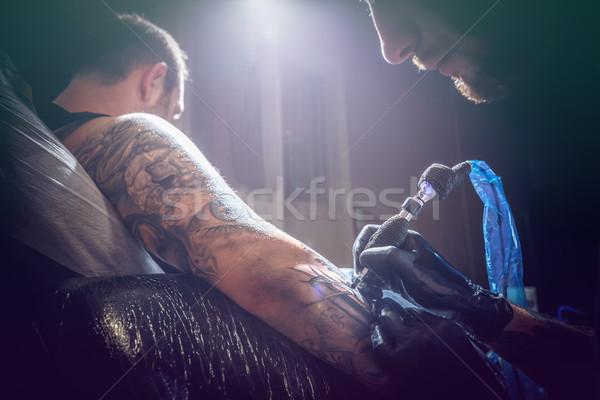Homme tatouage maître portrait processus Photo stock © grafvision