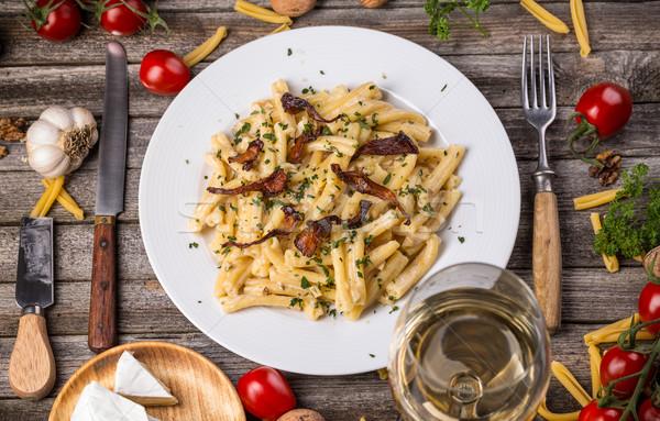Italiano macarrão queijo molho creme refeição Foto stock © grafvision