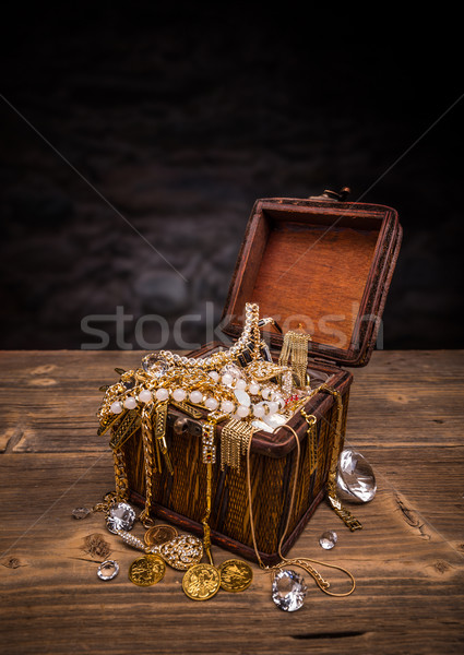 Open treasure chest  Stock photo © grafvision