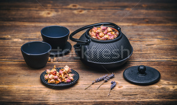 Tazas de té tetera edad mesa de madera beber negro Foto stock © grafvision