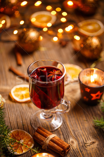 Vidrio copa de vino vino Navidad invierno vela Foto stock © grafvision