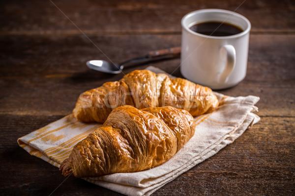 Croissants koffie ontbijt vers gebakken houten Stockfoto © grafvision