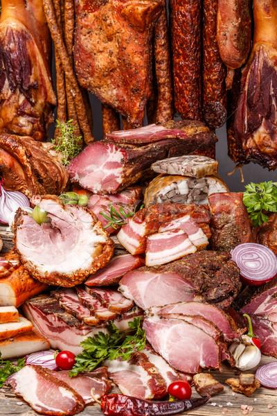 Stilleven gerookt varkensvlees vlees worstjes Stockfoto © grafvision
