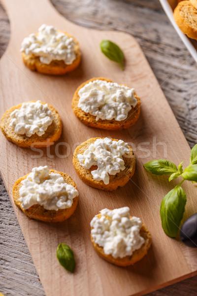 Photo stock: Bruschetta · sandwich · fromage · cottage · bois · planche · à · découper · alimentaire