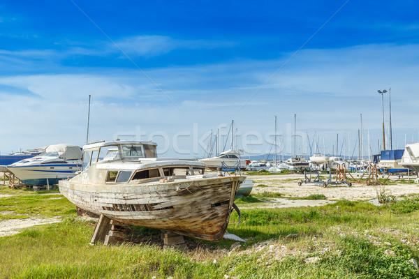 Terkedilmiş ahşap gemi kaza eski ahşap Stok fotoğraf © grafvision