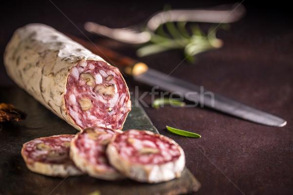 Salami heerlijk walnoot donkere vlees witte Stockfoto © grafvision