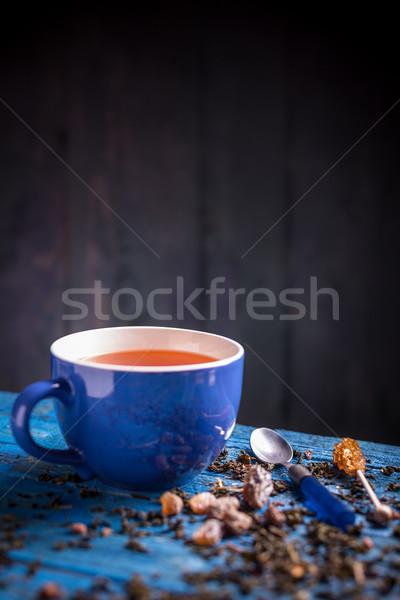 Fincan taze bitkisel çaylar bağbozumu mavi ahşap masa Stok fotoğraf © grafvision