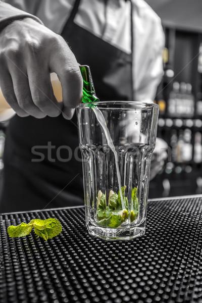 Stockfoto: Barman · kalk · sap · glas · mojito
