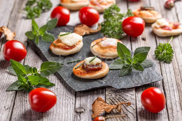 Mini pizza caseiro pedra comida festa Foto stock © grafvision
