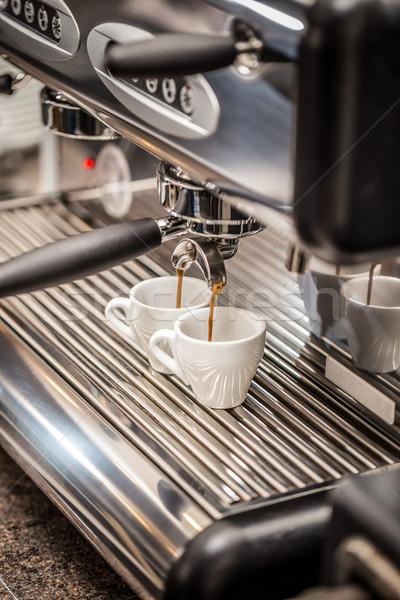 Professionnels espresso machine fort regarder Photo stock © grafvision
