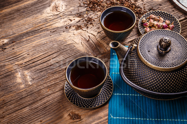 Gietijzer thee pot geserveerd traditioneel Stockfoto © grafvision