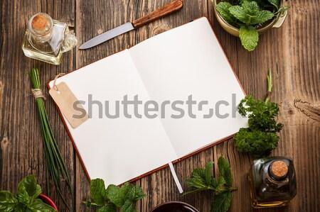 Yemek kitabı yemek tarifleri otlar ahşap yaprak yeşil Stok fotoğraf © grafvision