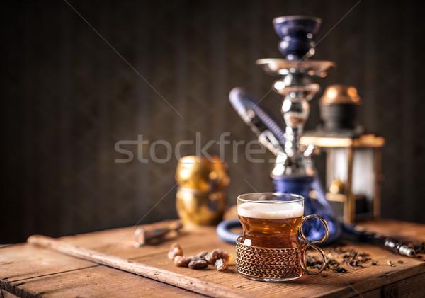 Fekete tea üveg csésze csendélet fa asztal Stock fotó © grafvision