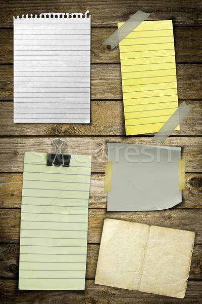 Gyűjtemény különböző jegyzet papírok fából készült iroda Stock fotó © grafvision