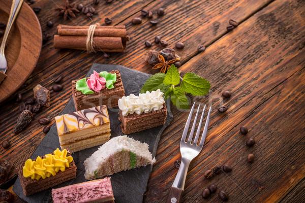 Mini bolos diferente creme comida chocolate Foto stock © grafvision