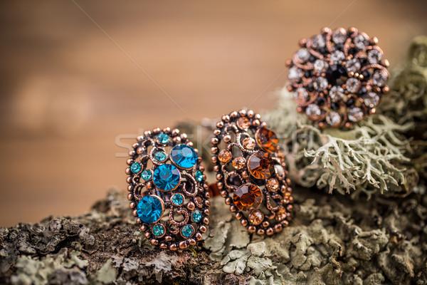 Gyönyörű gyűrűk kicsi üveg kövek fém Stock fotó © grafvision