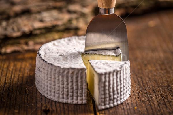 Queijo camembert queijo faca comida madeira Foto stock © grafvision