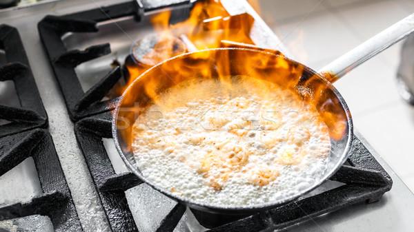 Сток-фото: огня · сковорода · продовольствие · рабочих · нефть