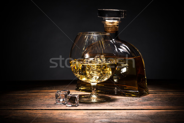Cognac plein verre bois surface Photo stock © grafvision