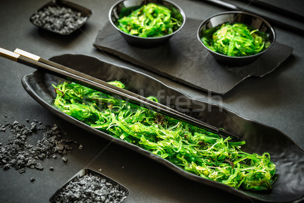 Vers zeewier salade heerlijk zwarte voedsel Stockfoto © grafvision