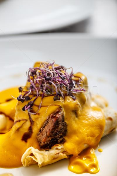 Marhahús hús sózott palacsinták főtt zöldség Stock fotó © grafvision