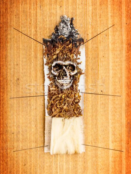 Cigarette bois feu visage fond mort Photo stock © grafvision