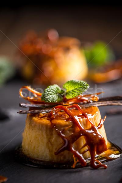 Caramelo decorado comida preto sobremesa frio Foto stock © grafvision