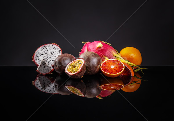 Saine exotique fruits noir alimentaire Photo stock © grafvision