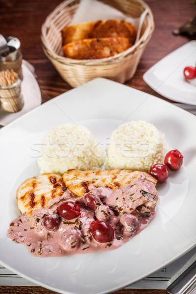 Gegrilde kip borst zuur kers saus voedsel Stockfoto © grafvision