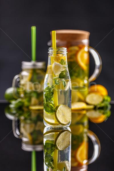 Stockfoto: Gezonde · water · glas · fles · stro