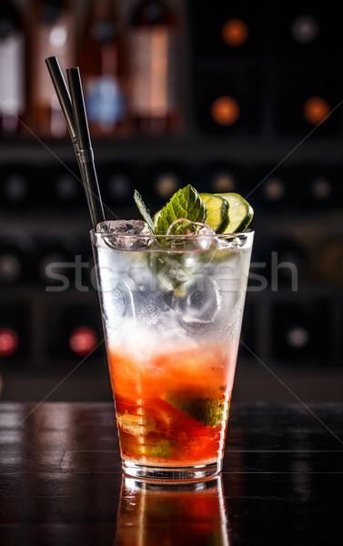Rood vruchten cocktail drinken bar tabel Stockfoto © grafvision